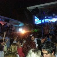 รูปภาพถ่ายที่ La Terrrazza โดย Sebastian M. เมื่อ 7/28/2013