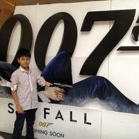 Photo taken at Golden Screen Cinemas (GSC) by Azmir Z. on 11/13/2012