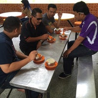 Photo taken at Cendol Bustand by sepat g. on 12/3/2014
