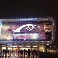 12/19/2012 tarihinde 😄😄😄ziyaretçi tarafından Marmara Park'de çekilen fotoğraf