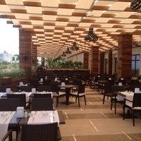 Foto scattata a Vuni Palace Hotel da Nese il 7/13/2013