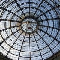 Foto scattata a Galleria Vittorio Emanuele II da Владимир С. il 1/7/2013