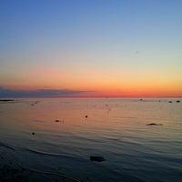 Photo taken at Пляж Финского Залива by Dian K. on 6/8/2013