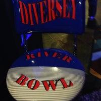 รูปภาพถ่ายที่ Diversey River Bowl โดย Cat S. เมื่อ 3/31/2013