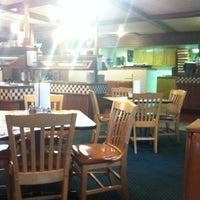 Photo taken at Pizza Hut by Sam J. on 4/8/2013