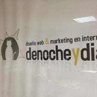 Photo taken at denocheydia - Diseño web & Marketing en internet by José on 11/28/2013