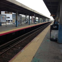 Photo taken at LIRR - Hicksville Station by Juliana on 7/6/2013