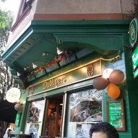 Foto tomada en Dubliners por Alejandro F. el 11/1/2012