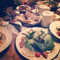 Снимок сделан в Funky Kitchen пользователем Zibeyda 1/31/2014