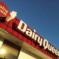 Photo taken at Dairy Queen by Dereck H. on 11/1/2012