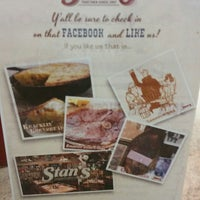 Photo taken at Stan's Restaurant and Country Store by Frank J. K. on 9/3/2014