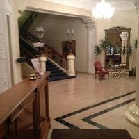 Снимок сделан в Grand Hotel Ukraine пользователем Fil 2/20/2013