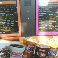 Photo taken at Dunkin' Donuts by Mandy T. on 10/12/2012