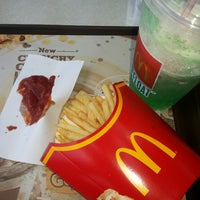 Photo taken at McDonald's by Jean A. on 8/9/2014