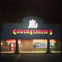 Photo taken at Chuck E. Cheese's by Mary H. on 12/23/2013