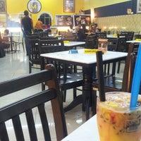 Photo taken at Mee Jawa Sri Perak Cafe by eiman23x on 5/30/2014