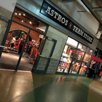 Photo taken at Astros Team Store by Randy on 4/14/2016
