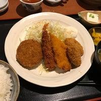 Photo taken at 三地屋 カレッタ汐留店 by とめ on 2/21/2017