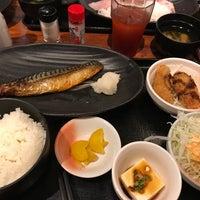 Foto tirada no(a) はなの舞 新橋日比谷口店 por とめ em 8/8/2017