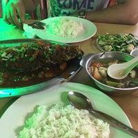 Photo taken at Restoran Vichuda by Shashaqin S. on 10/15/2016