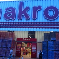 Photo taken at Makro by Fabricio on 2/13/2013