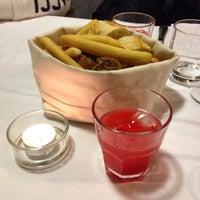 Foto scattata a Rossocuoco Steak House da Viaggia e Scopri S. il 3/28/2015