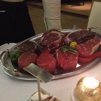 Photo prise au Chicago Prime Steakhouse par R . le12/12/2012