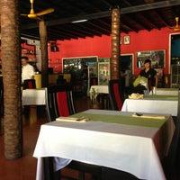 Photo taken at Ganesh Indian Restaurant by Maks on 5/3/2013