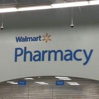 Foto diambil di Walmart oleh Lisa S. pada 1/8/2013
