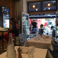 Photo taken at Bistro Sous-Le-Fort by Linda . on 8/12/2015