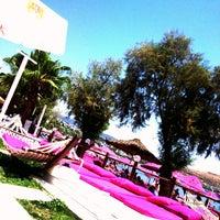 Photo taken at Alora Beach Club by 👻👻iBO👻👻 on 7/14/2013