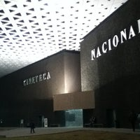 Photo prise au Cineteca Nacional par Marina le8/18/2013