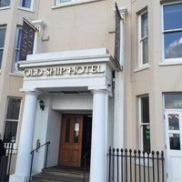 Photo prise au The Old Ship Hotel par Jasmine le1/11/2016