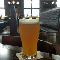 Снимок сделан в Eris Brewery And Cider House пользователем Steve G. 4/3/2018