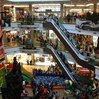 Foto tirada no(a) Praiamar Shopping Center por Rosa em 10/12/2012