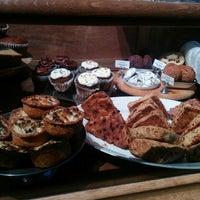 Photo prise au ALT: A Little Taste par Katie Sue N. le6/13/2014