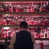 Photo prise au The Flatiron Room par Katie Sue N. le10/25/2012