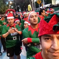 Photo taken at Christmas Run by إيفان on 12/15/2013