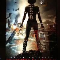 Photo taken at Cinemex by Efren C. on 10/7/2012