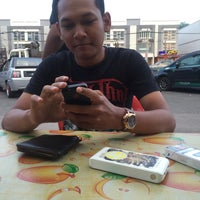 Photo taken at Rose Bistro by Amirul A. on 9/10/2016