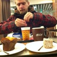 12/30/2012 tarihinde Евгенияziyaretçi tarafından McDonald's'de çekilen fotoğraf