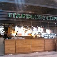 Photo taken at Starbucks by Дмитрий Р. on 10/14/2012