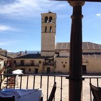 Photo taken at El Yantar de Pedraza by Manute on 6/29/2014