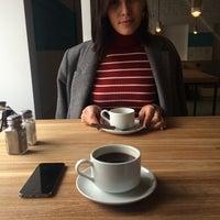 Снимок сделан в HUB cafe: Food&Note пользователем Джамиля 2/28/2015