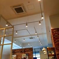 Photo taken at EDIYA COFFEE by Wanhui L. on 1/19/2017