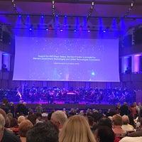 Das Foto wurde bei Kennedy Center Concert Hall - NSO von Rob R. am 6/2/2018 aufgenommen