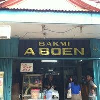 Photo taken at Mie abun,pasar baru by Jonathan S. on 12/24/2012