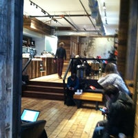 3/8/2013にEverardoがElixr Coffee Roastersで撮った写真