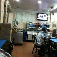 Photo taken at Restoran Mufah Maju by Muhammad Iqbal A. on 2/15/2013