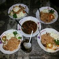 Photo taken at Nasi Goreng Babi Papilon by Sendy K. on 5/31/2014